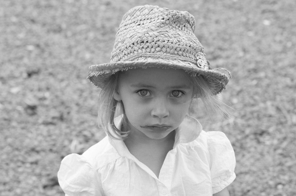 KateOram-June2015-Portrait Country Girl-9