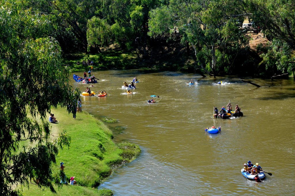 01. Australia Day on the Namoi - by DT January