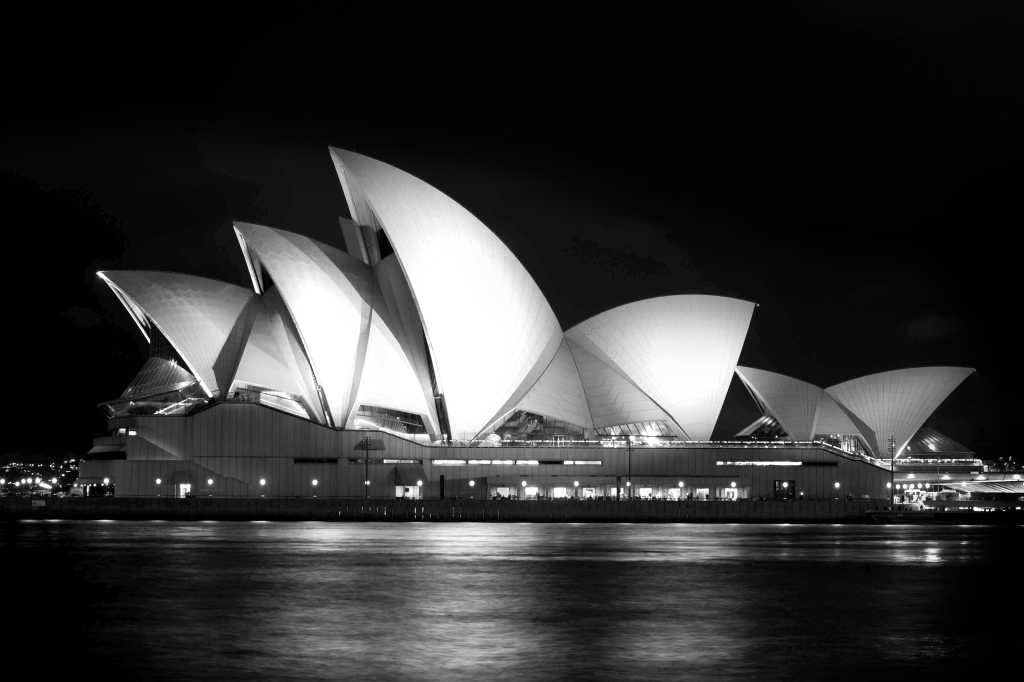 Sydney at night (1)