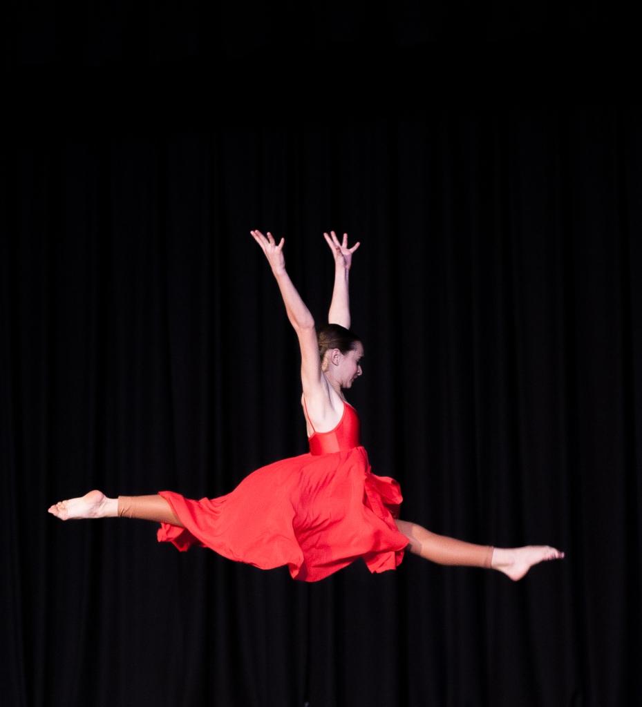 kateoram_oct16-open-dancer
